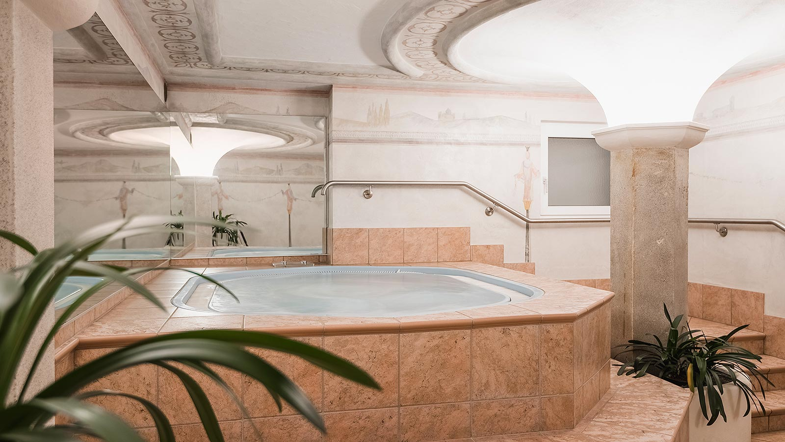 The Jacuzzi at Hotel Laguscei in Arabba